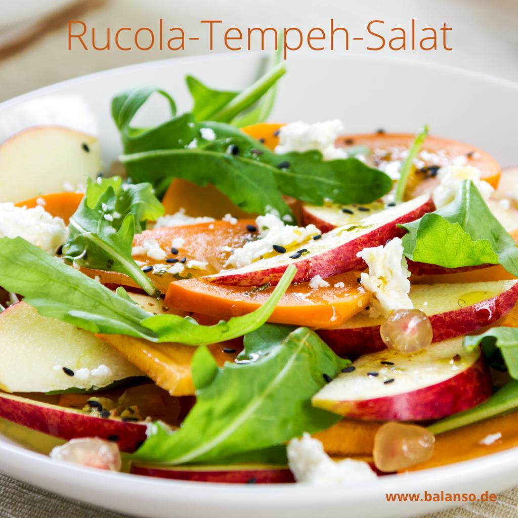 Sommerlicher Rucola - Tempeh - Salat mit Apfel